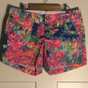 Lilly Pulitzer Callahan Shorts in Palm Beach Coral